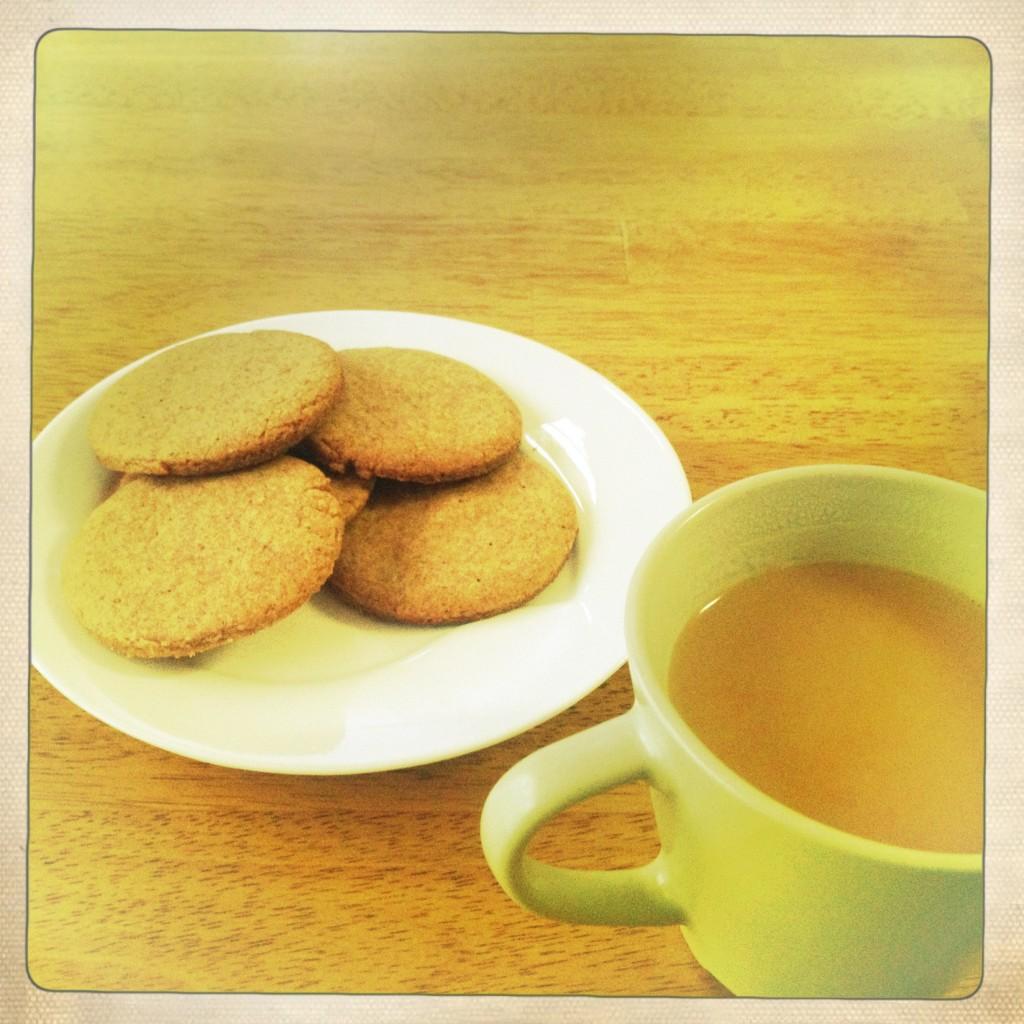 Spelt Cardamom Biscuit